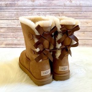 UGG Chestnut Bailey Bow II Boots
